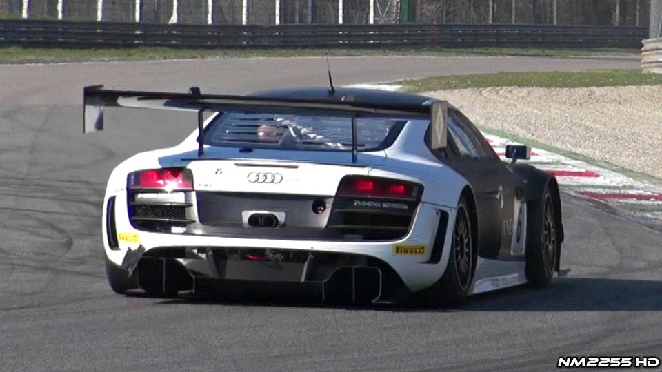 2013 Audi R8 LMS Ultra Exhaust Note on Track!