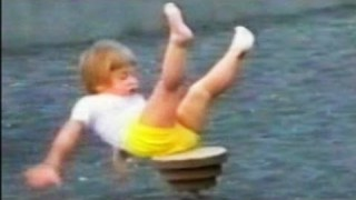 Best FUNNY HOME VIDEO Fail Compilation 2014