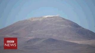 Blasting a mountain top to build world's 'biggest' telescope – BBC News