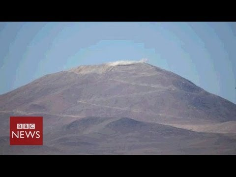 Blasting a mountain top to build world's 'biggest' telescope – BBC News