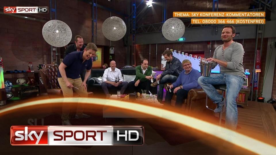 Fünf Kommentatoren und viele Lacher – Highlights aus Samstag LIVE!, 32. Spieltag