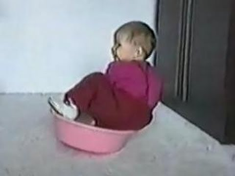 Funny Babies – Clumsy Head – Banger Baby