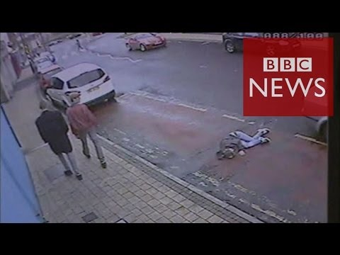 'I could've died' says woman left in bus lane – BBC News
