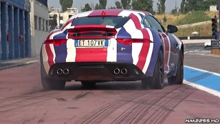 Jaguar F-Type R Coupé Takeoffs Burnouts!!