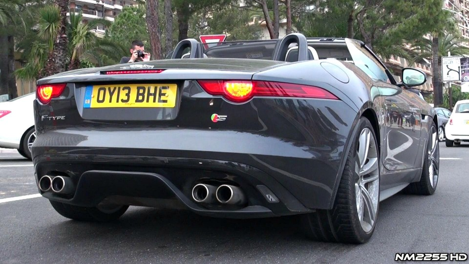 Jaguar F-Type V8 S LOUD Accelerations Sound!