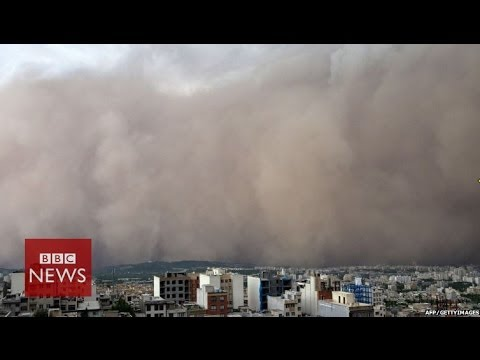 Moment freak sandstorm hit Iranian capital Tehran – BBC News