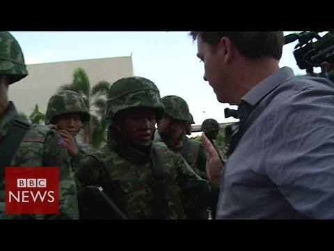 Moment reporters realised Thai coup was imminent – BBC News