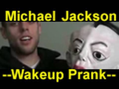 People Scared : Michael Jackson Scare Prank