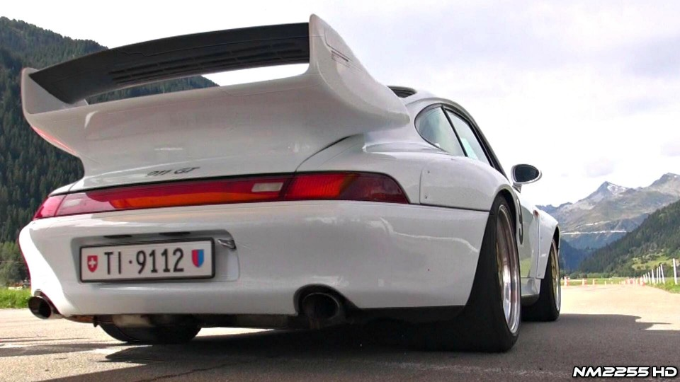 Porsche 993 GT2 Sound in Action!