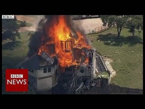 Texas house falling off cliff is set on fire – BBC News