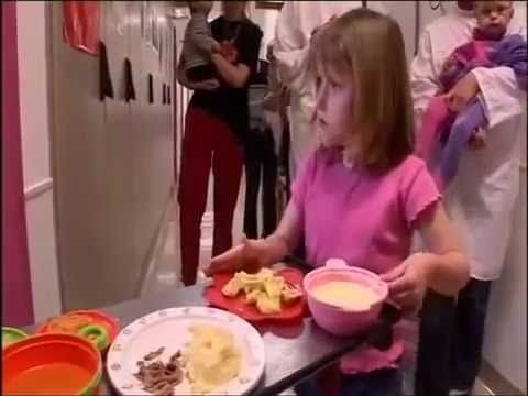 The Girl Who Never Ate – Extraordinary People – Documentary