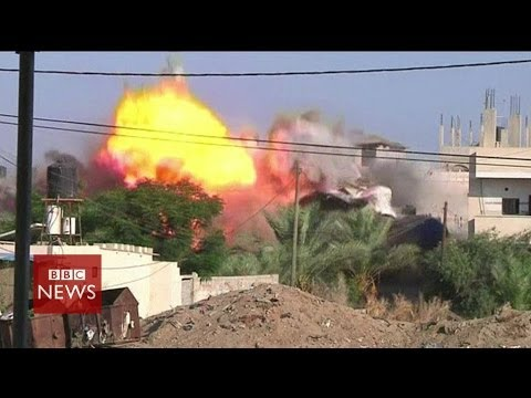 Video shows Israeli airstrikes on Gaza Strip – BBC News