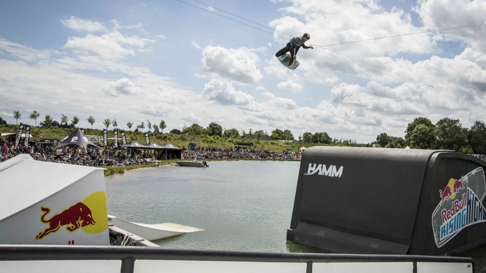 Behind the Scenes of Big-Air Wakeboarding – Red Bull Rising High 2014
