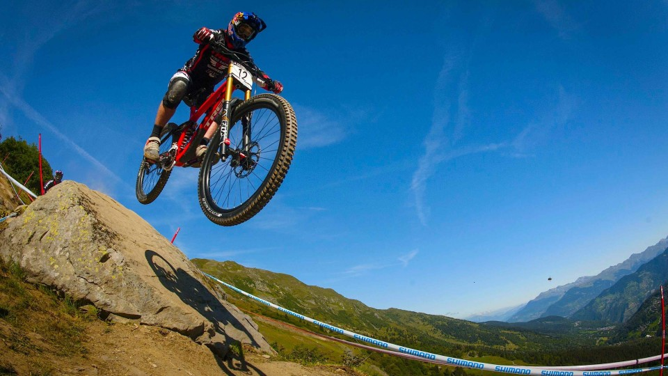 Best Downhill Mountain Bike action from Méribel