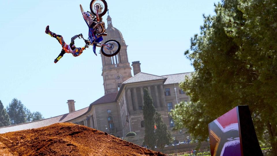 Best tricks from Red Bull X-Fighters Pretoria 2014