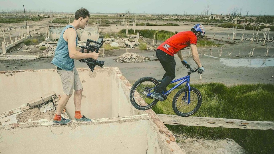 Filming with a MoVI – Epecuén – Danny MacAskill