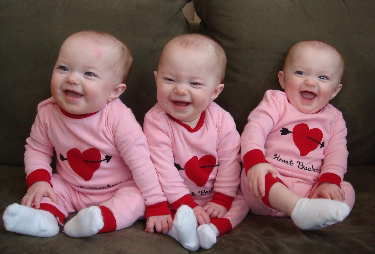 funny-triplet-babies-laughing-co.jpg