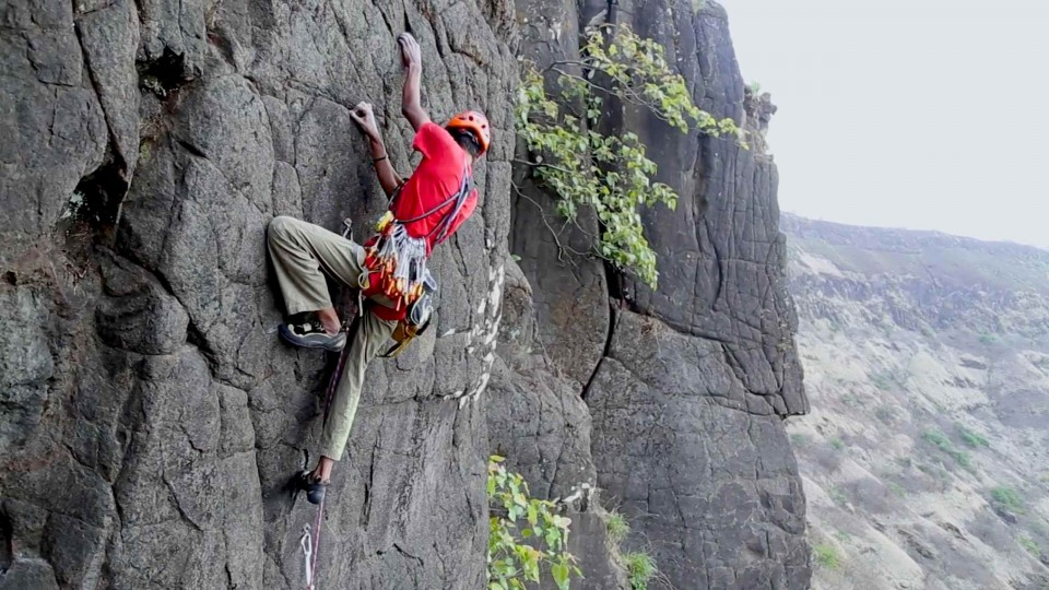 Sport climbing in the Tamhini Valley