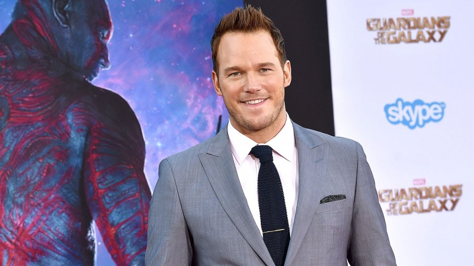 Watch Chris Pratt Get Choked Up Talking About His Son – People