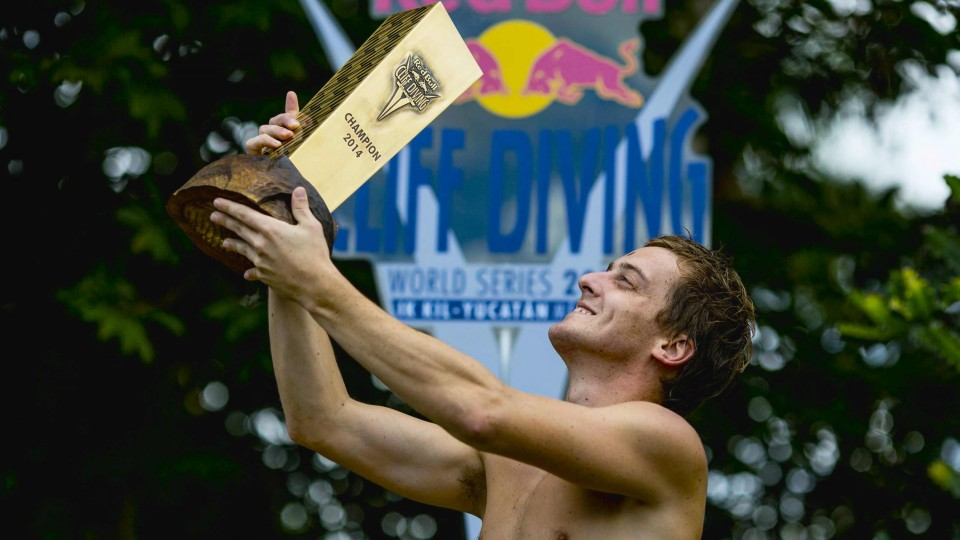 Gary Hunt Wins Red Bull Cliff Diving World Championship