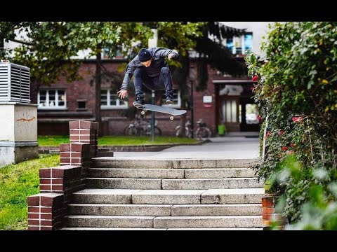 Street Skating Gaps and Ledges with Ante Aiello