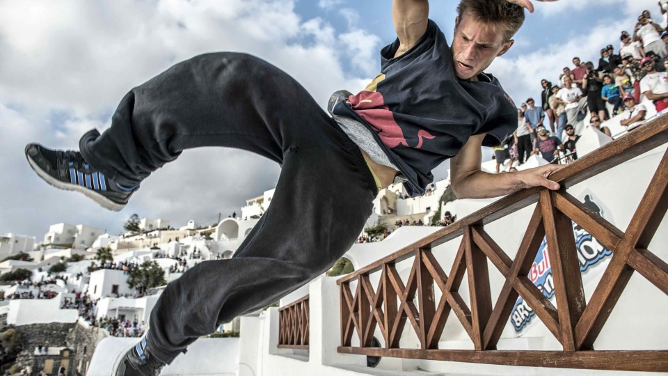 World's Best Freerunners take on Greece – Red Bull Art of Motion 2014
