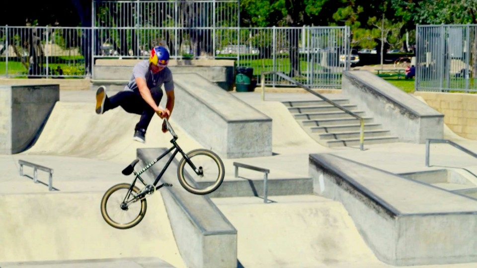 BMX Riding in Southern California – Red Bull Makin' It – EP 1