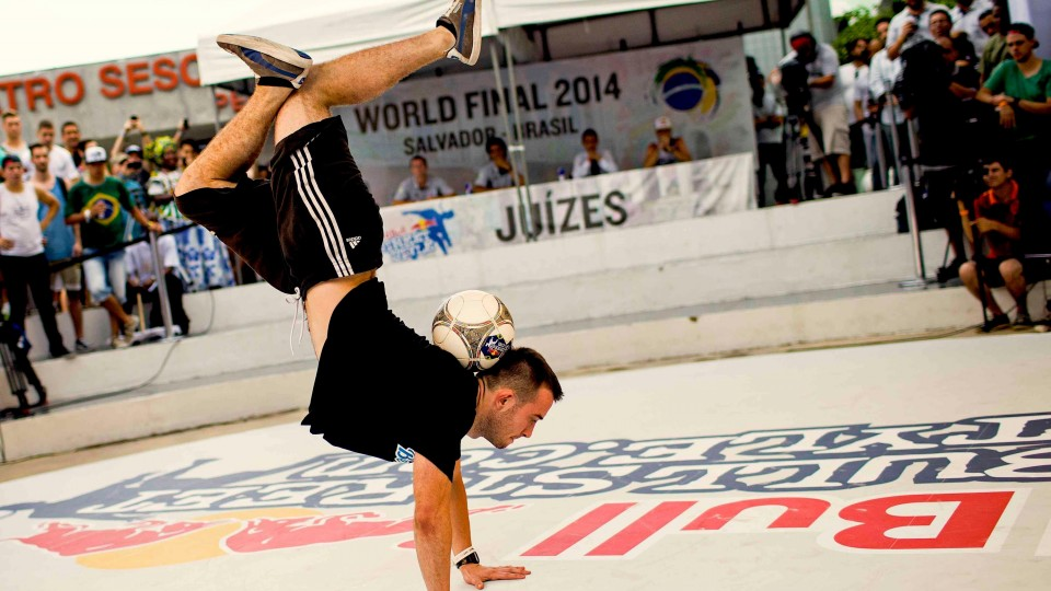 Freestyle Football Juggling World Finals – Red Bull Street Style 2014