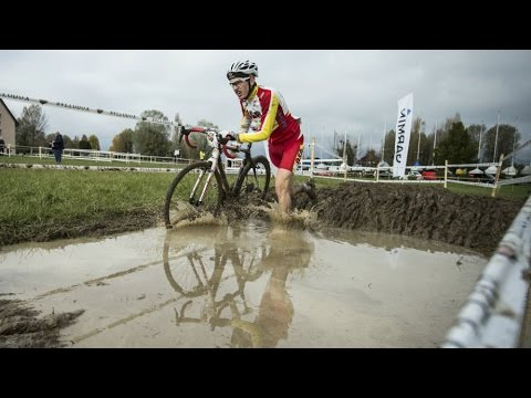 Off-Road Cyclocross Racing – Red Bull Velodux