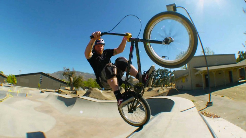 Skydiving and BMX Sessions at Camp Woodward – Red Bull Makin' It – EP 4