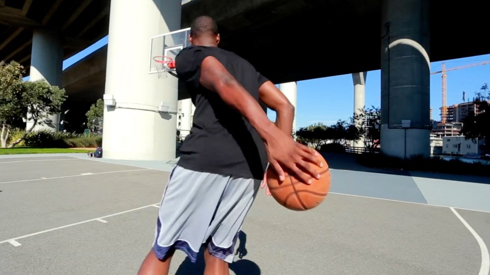 Train Like a Basketball Pro w/ Harrison Barnes – The Red Bulletin Presents 2014