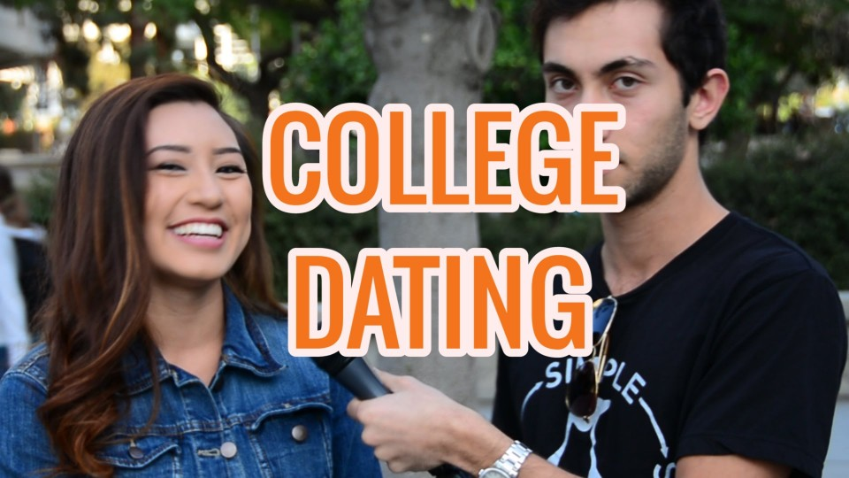 College Girls on Tinder Dating
