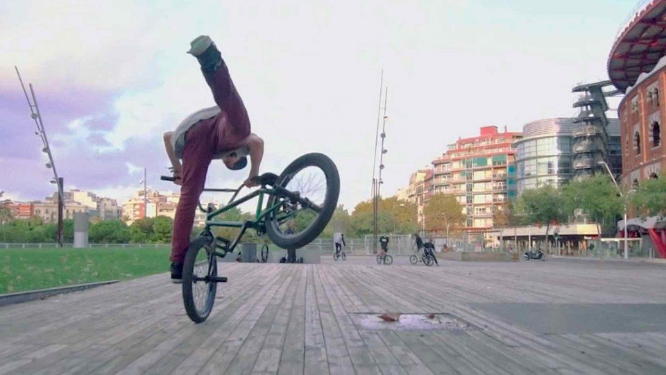 Pure Technical BMX Street Riding in Barcelona – 3 Day Metro Pass