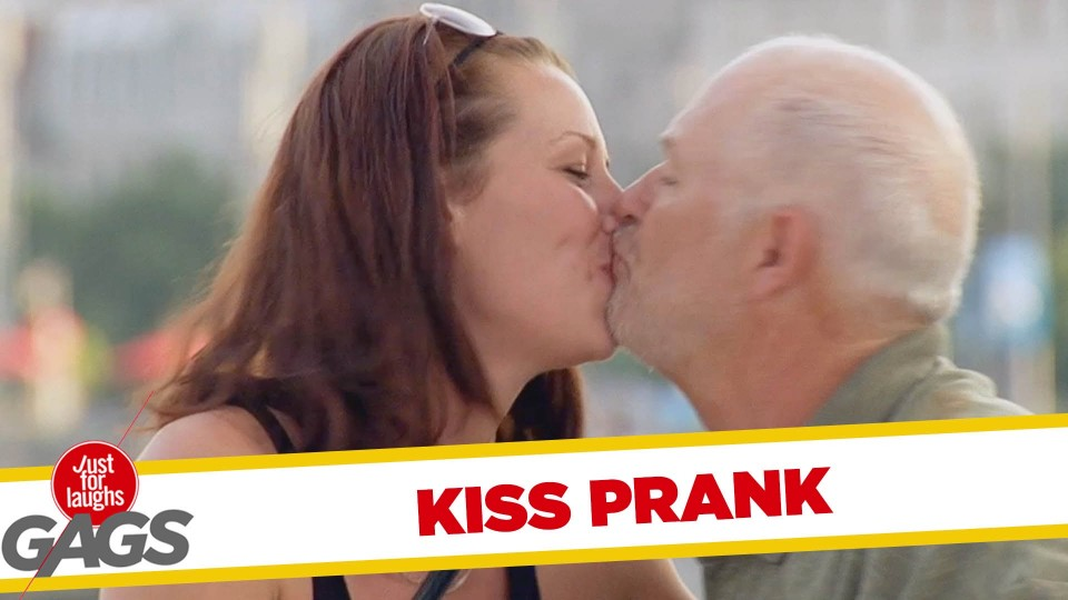 How to Kiss a Stranger Prank