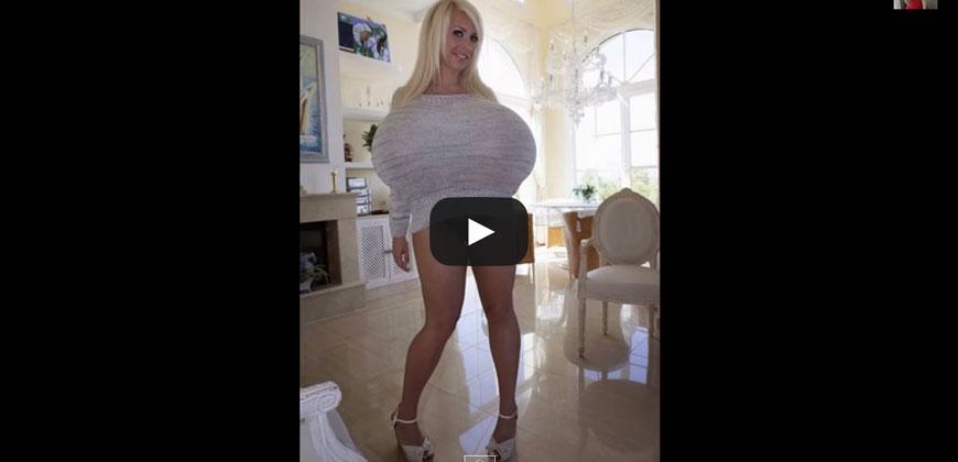 Mayra Hills, la modella con il seno più grande del mondo, 9 kg.