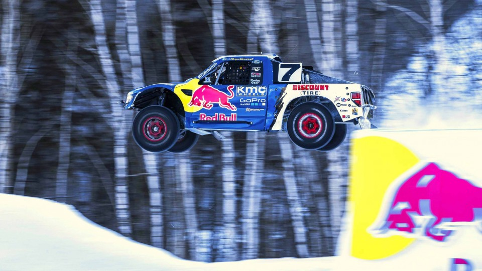 Pro4 Truck Racing in Snowy Conditions – Red Bull Frozen Rush