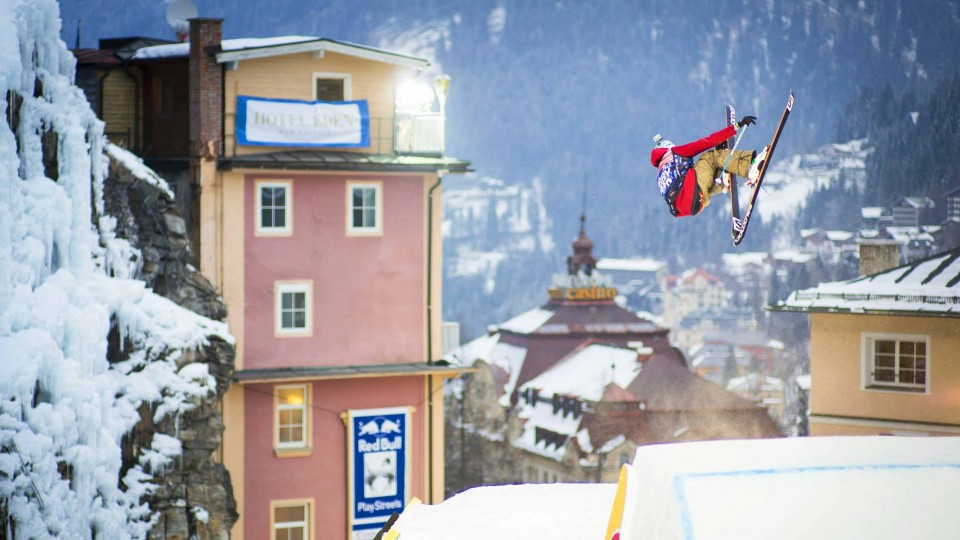 Red Bull PlayStreets – Watch the Urban Slopestyle Event Live