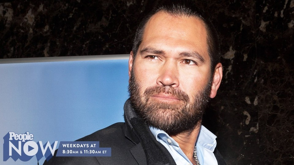 Johnny Damon Reveals How to Take a 'Steamy Selfie' | PEOPLE Now