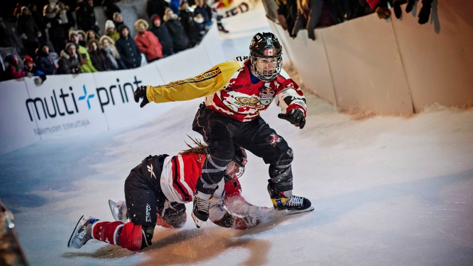 Steep Turns and Big Wipeouts – Red Bull Crashed Ice 2015