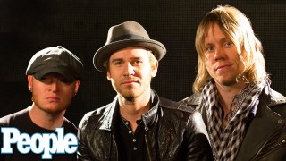 Lifehouse Performs Their Hit 'Hurricane' | Music | PEOPLE