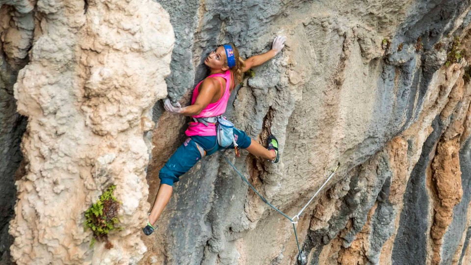 Rock Climber Sasha DiGiulian Talks Escape – FOCUS – Season 2 Ep 4